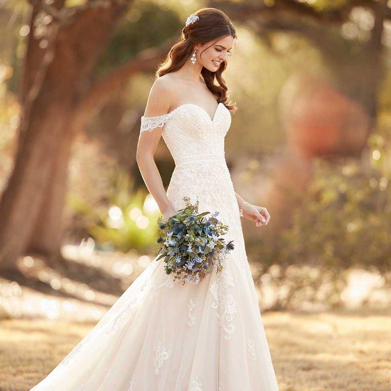 Свадебные платья Essense