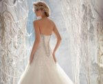 Рекомендации по ношению платьев корсетного типа
