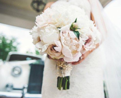 Букет невесты: выбор свадебного атрибута